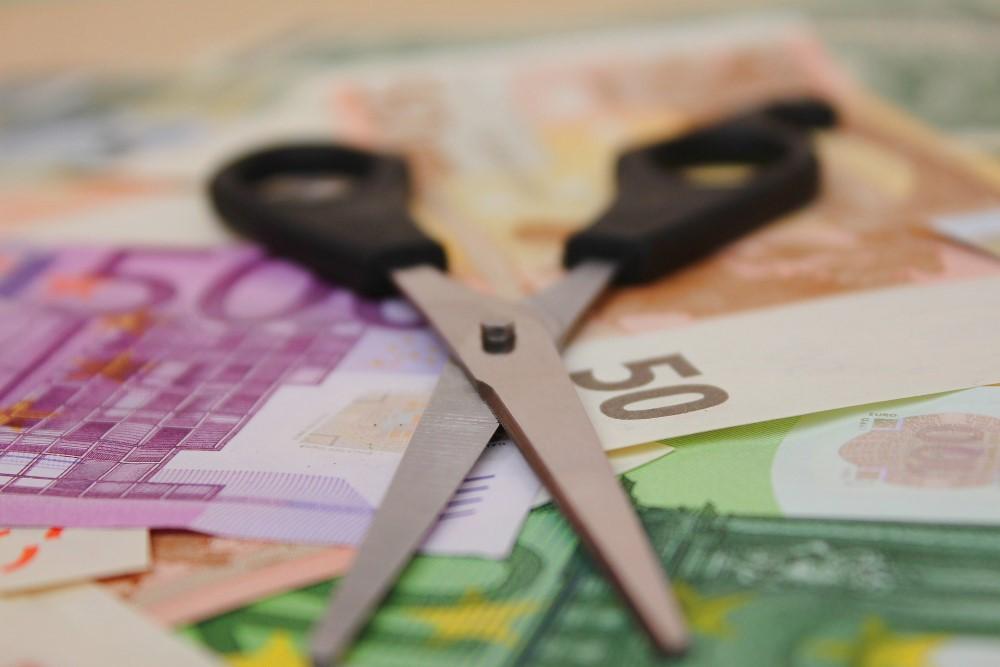 LEGGE ANTI SUICIDI Ecco come fare per chi ha troppi debiti