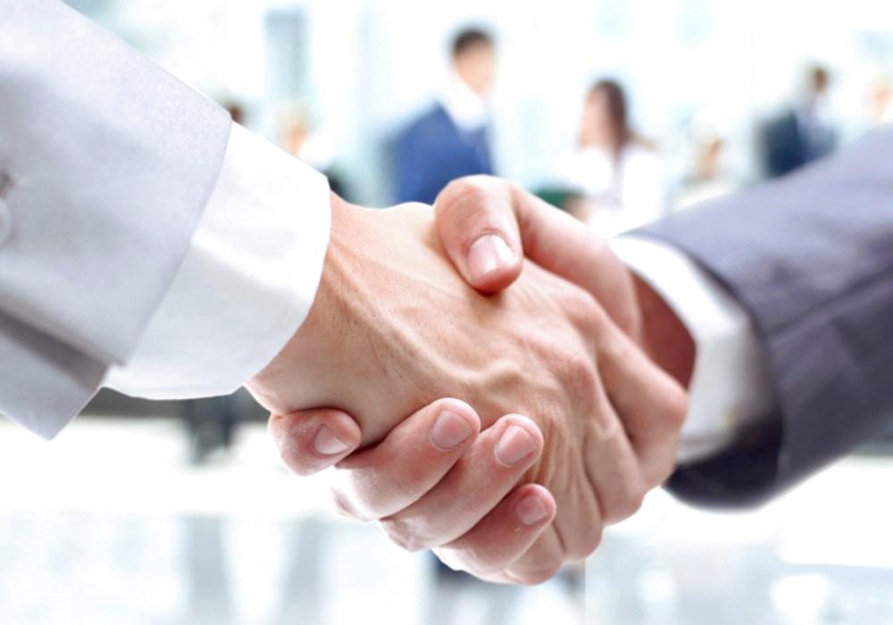 CONSULENZA  AZIENDALE Curiamo la tua azienda dalla nascita